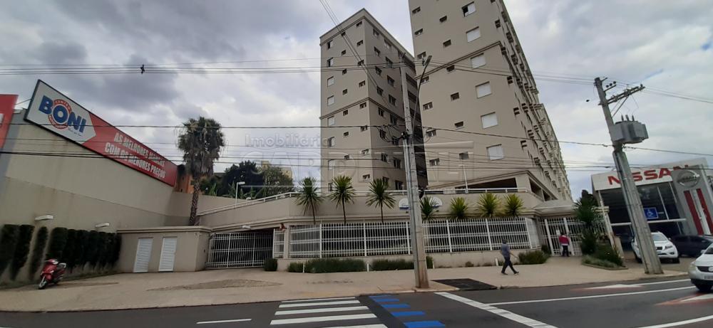 Alugar Apartamento / Padrão em São Carlos R$ 1.112,00 - Foto 1