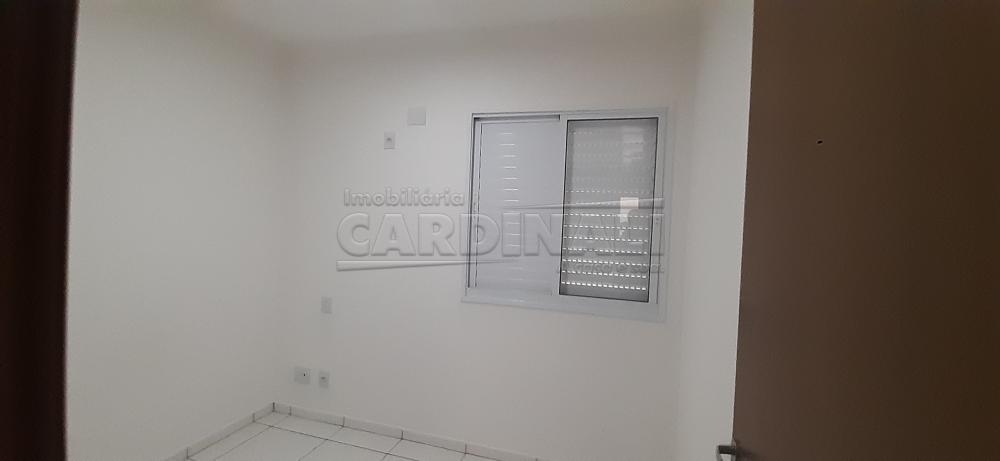 Alugar Apartamento / Padrão em São Carlos R$ 1.112,00 - Foto 9