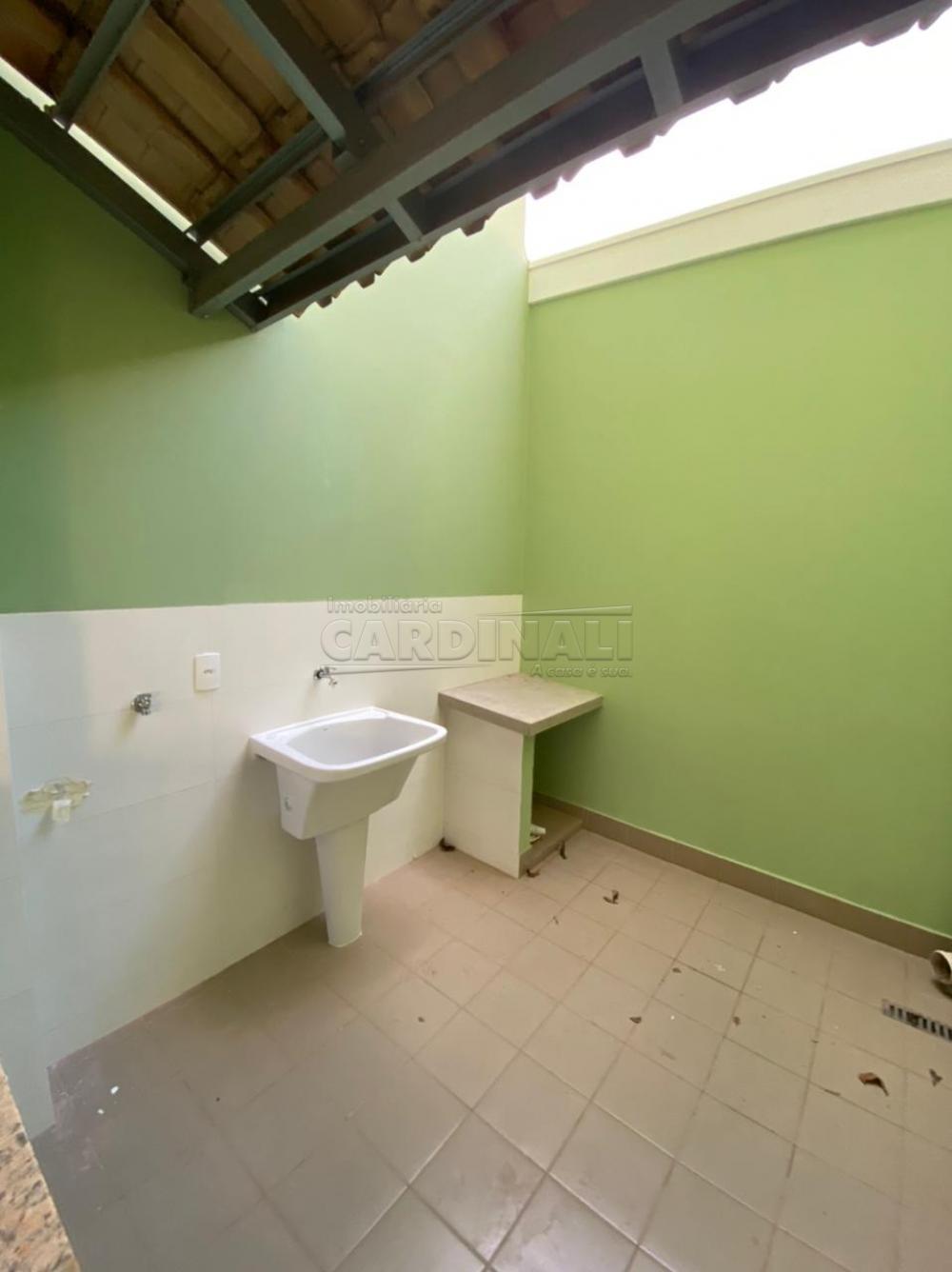 Alugar Casa / Padrão em São Carlos R$ 834,00 - Foto 3