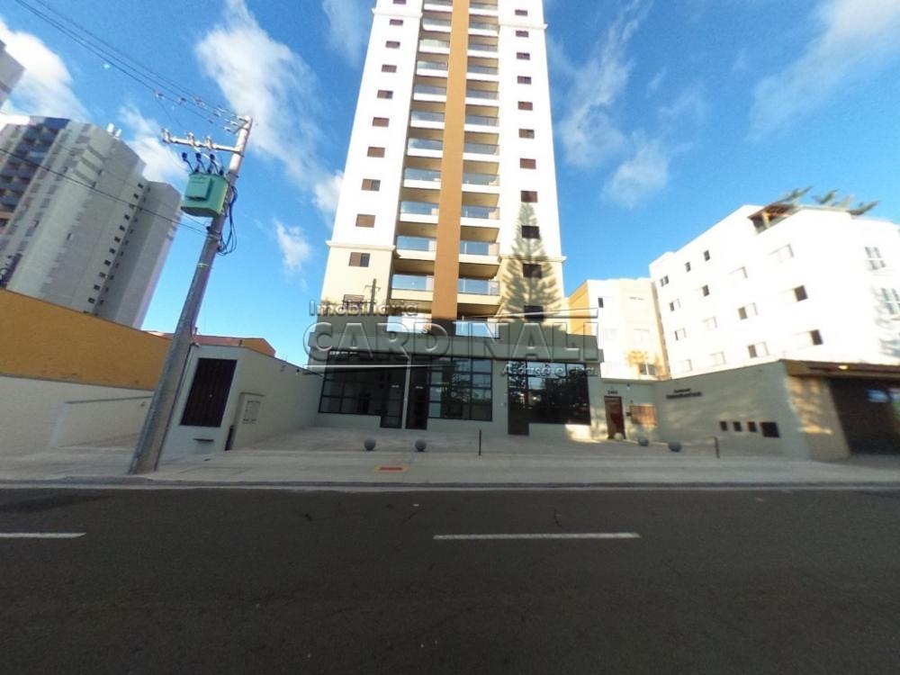 Alugar Apartamento / Padrão em São Carlos R$ 1.800,00 - Foto 1