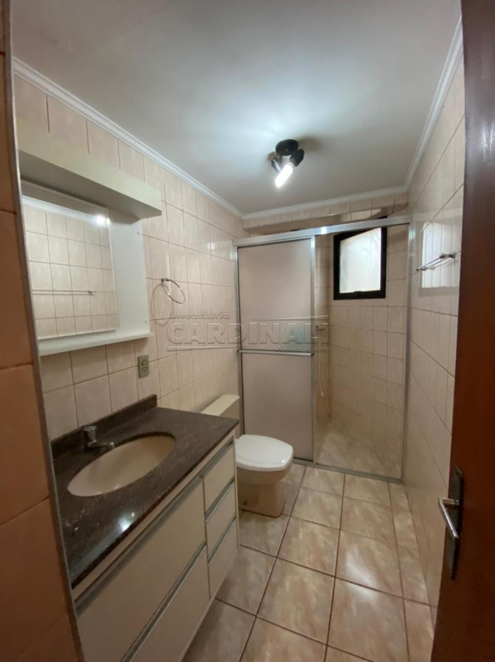 Alugar Apartamento / Padrão em São Carlos R$ 1.112,00 - Foto 4