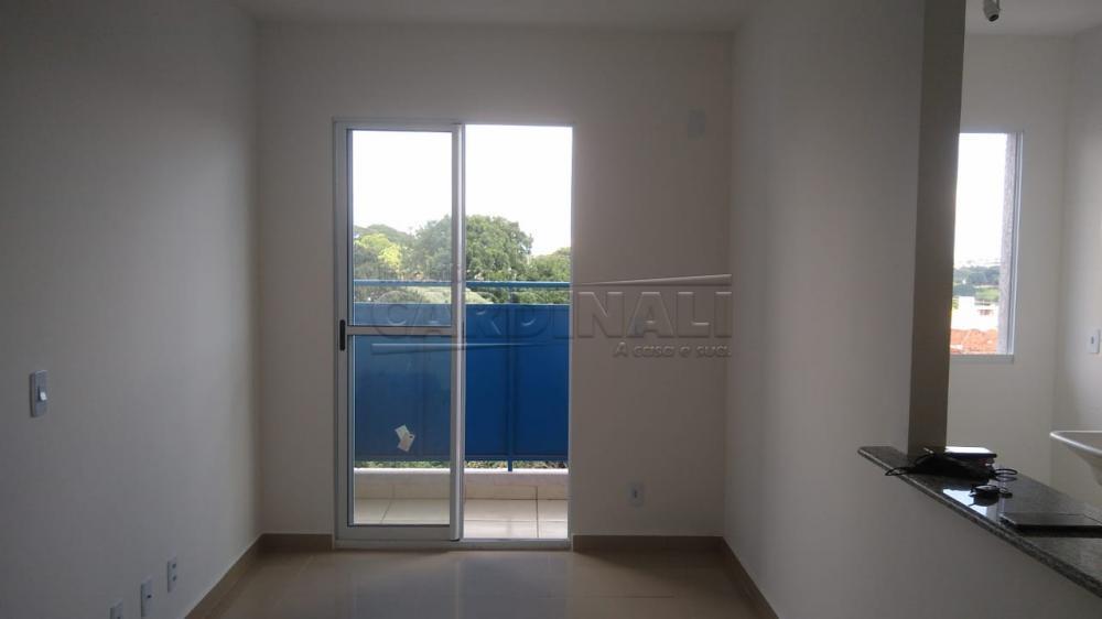 Alugar Apartamento / Padrão em São Carlos R$ 1.000,00 - Foto 5