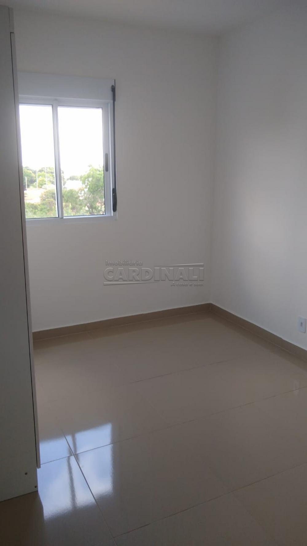 Alugar Apartamento / Padrão em São Carlos R$ 1.000,00 - Foto 16