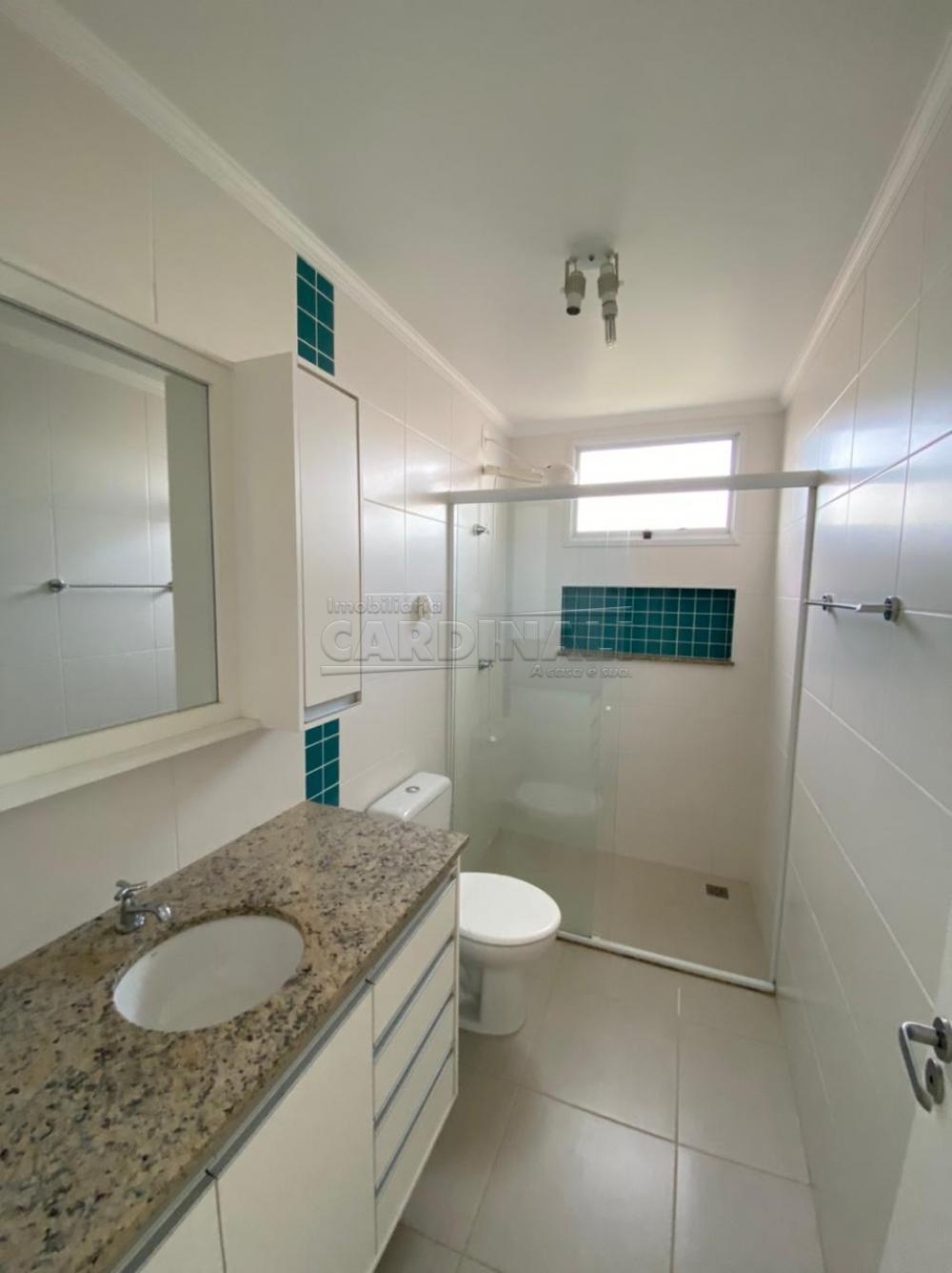 Alugar Apartamento / Padrão em São Carlos R$ 1.700,00 - Foto 2