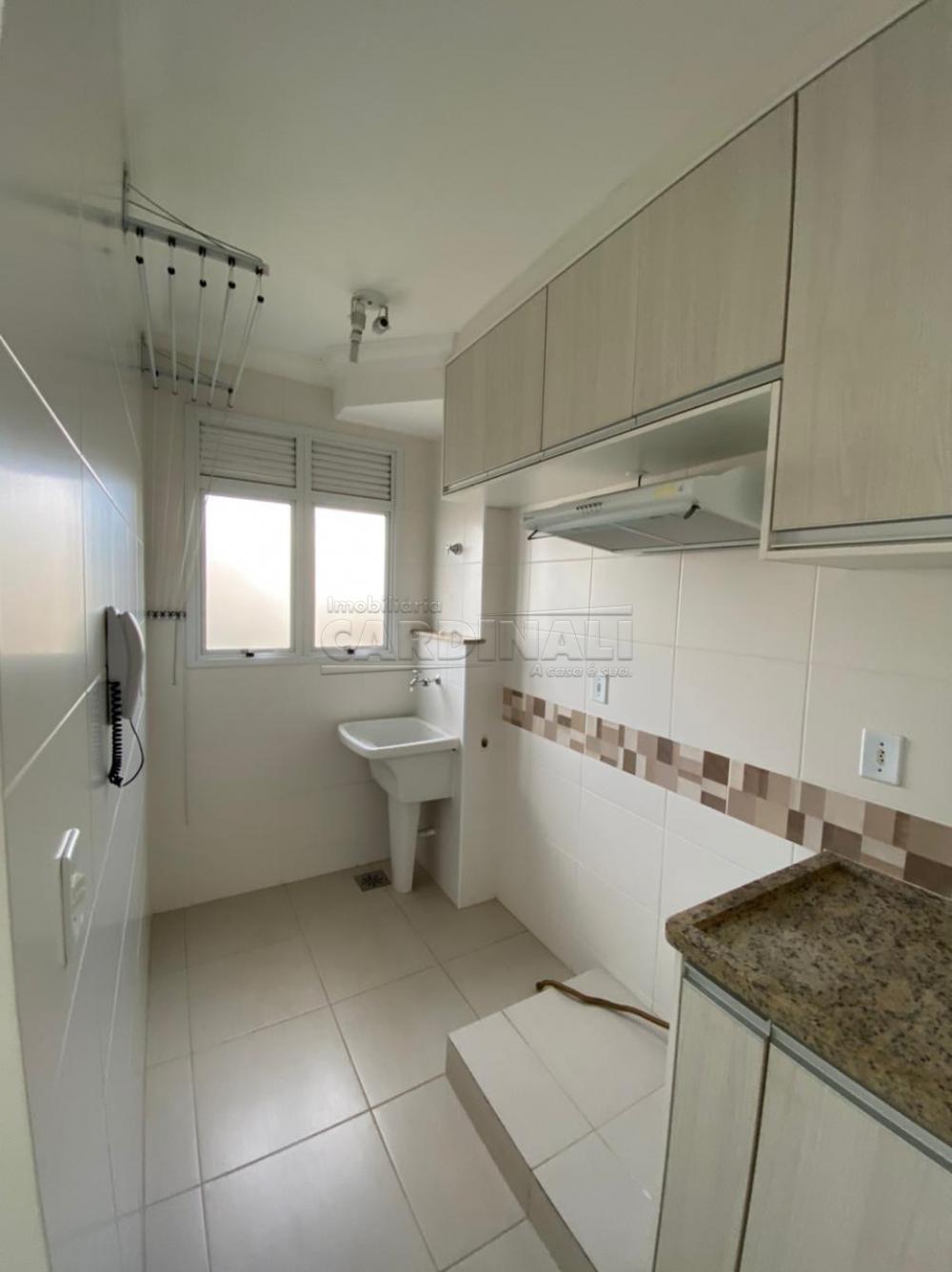 Alugar Apartamento / Padrão em São Carlos R$ 1.700,00 - Foto 5