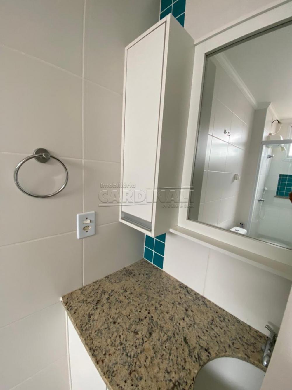 Alugar Apartamento / Padrão em São Carlos R$ 1.700,00 - Foto 6