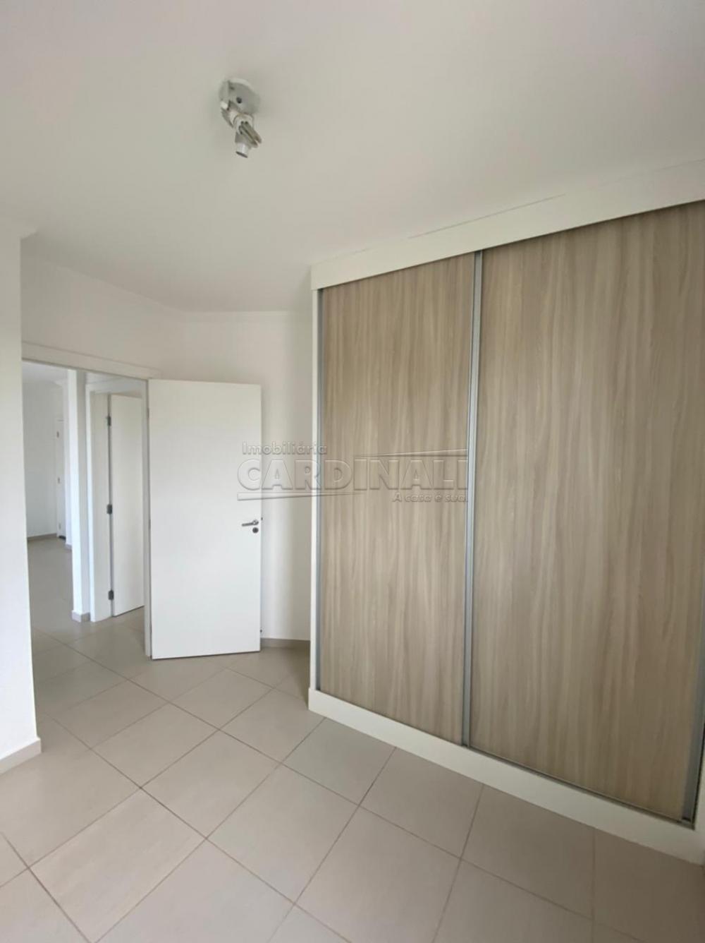 Alugar Apartamento / Padrão em São Carlos R$ 1.700,00 - Foto 7
