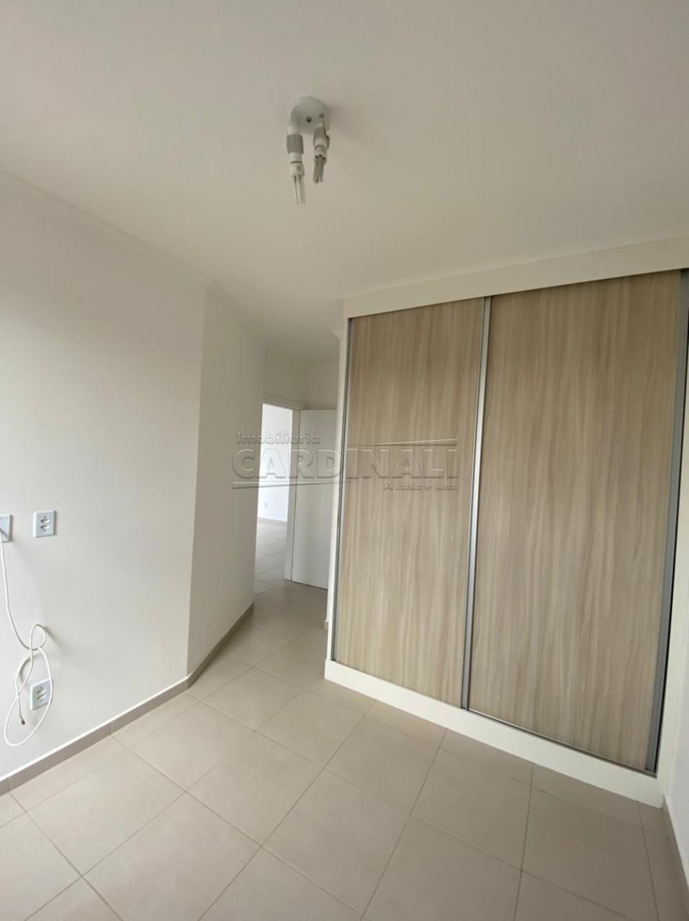 Alugar Apartamento / Padrão em São Carlos R$ 1.700,00 - Foto 8