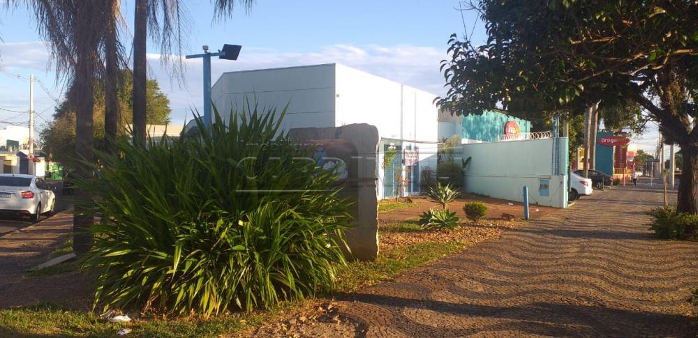 Alugar Comercial / Salão em Araraquara R$ 13.500,00 - Foto 1