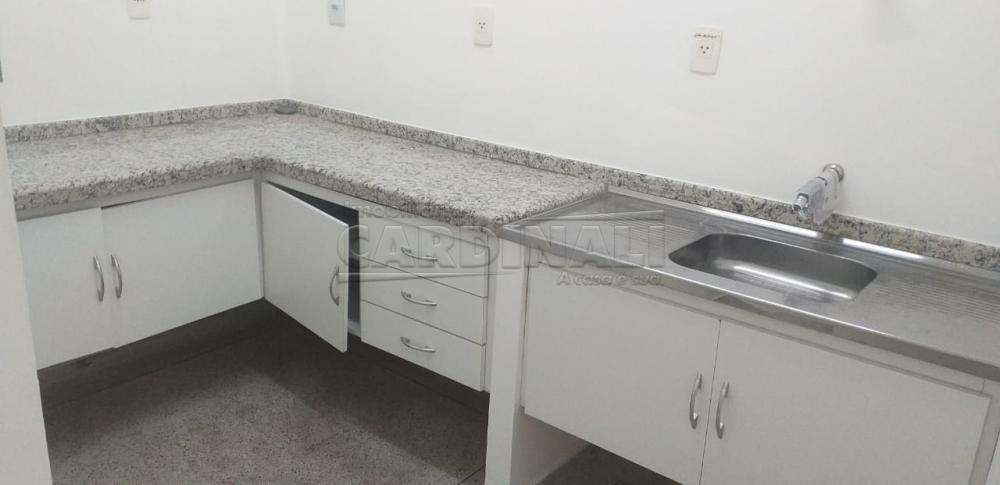 Alugar Comercial / Salão em Araraquara R$ 13.500,00 - Foto 17