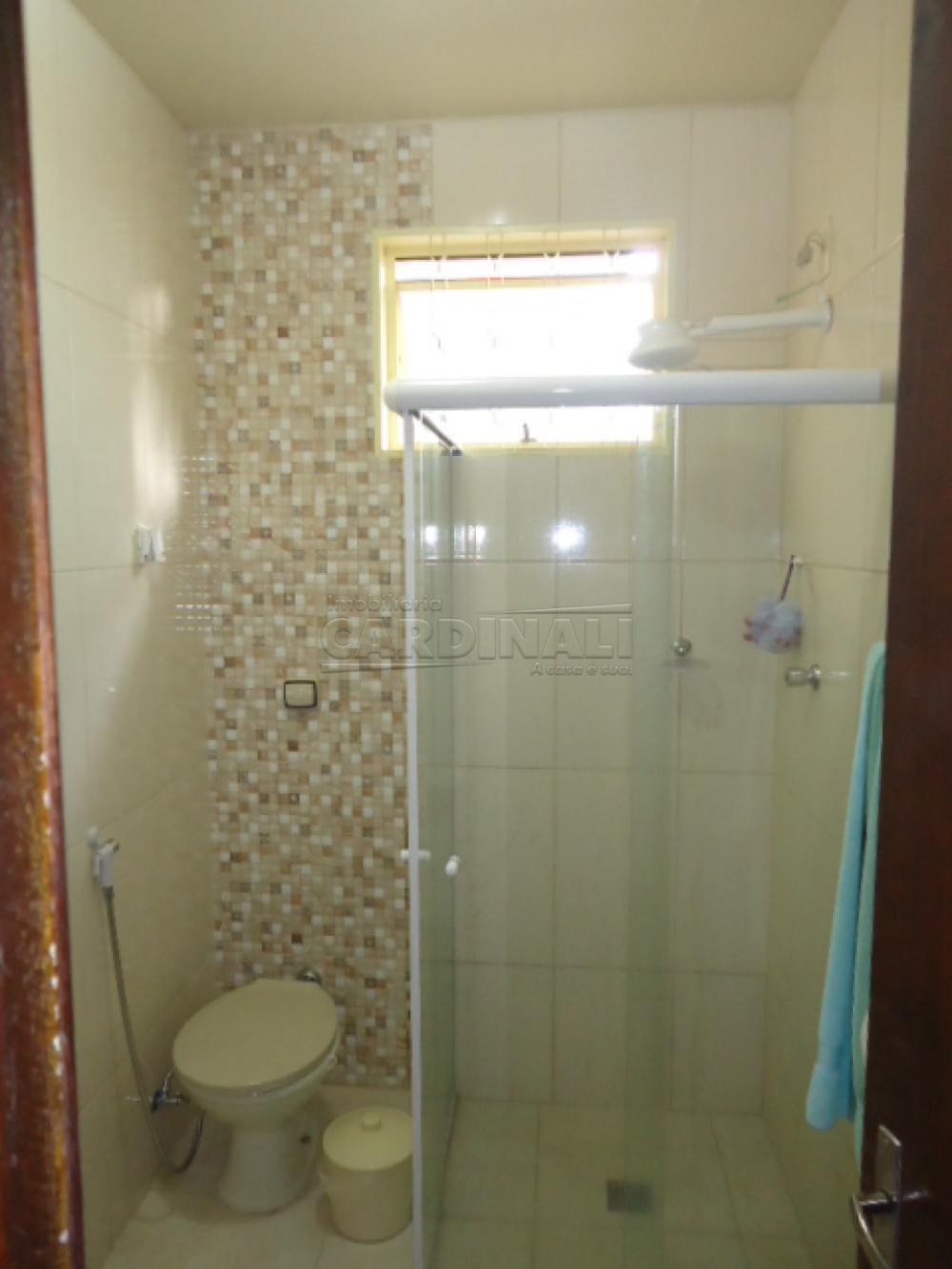 Comprar Casa / Padrão em São Carlos R$ 300.000,00 - Foto 3