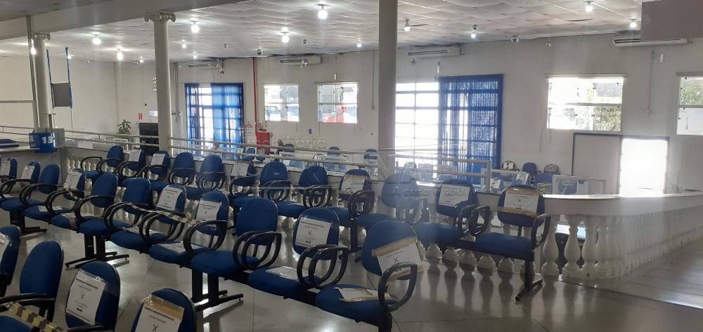 Alugar Comercial / Salão em São Carlos R$ 8.890,00 - Foto 3