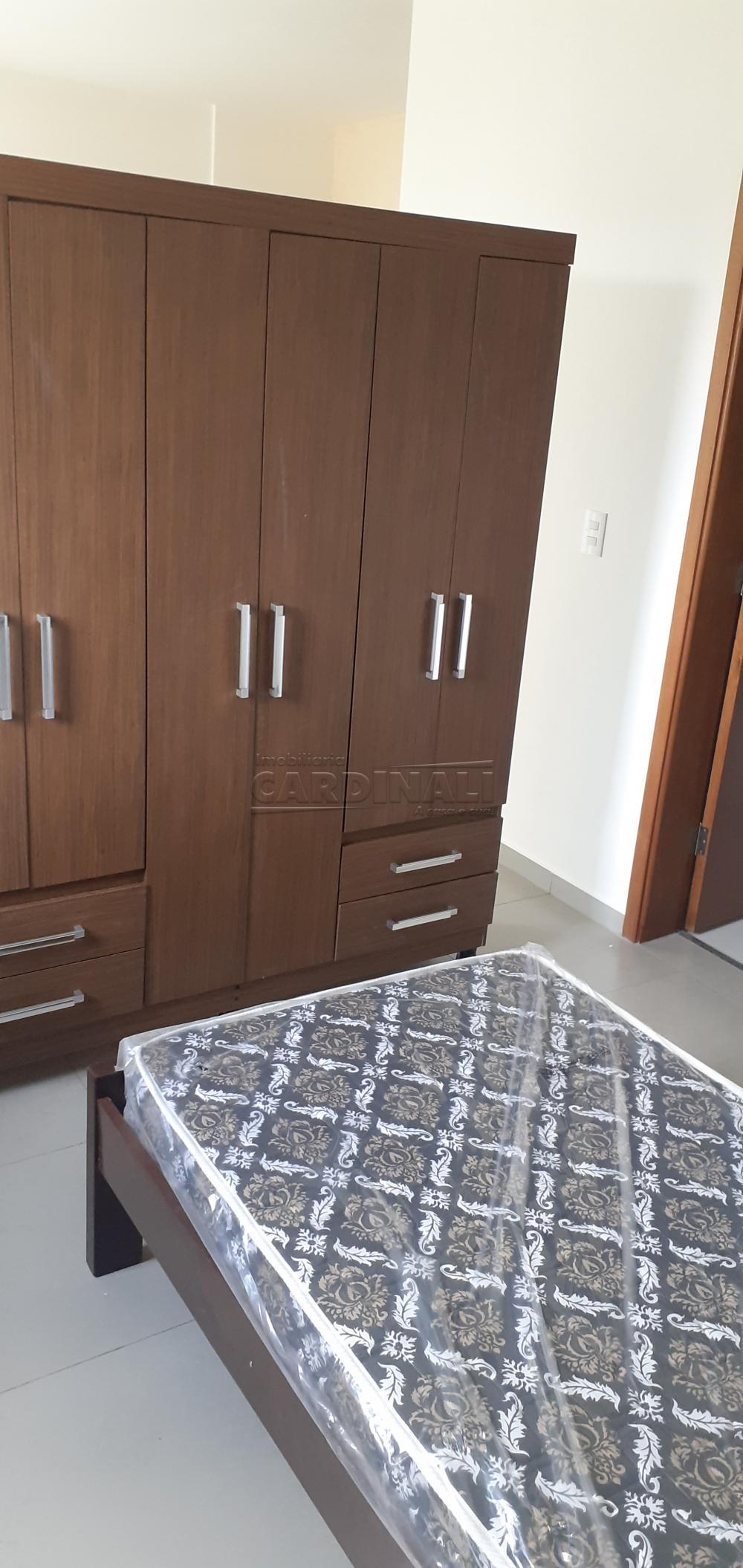 Alugar Apartamento / Padrão em São Carlos R$ 900,00 - Foto 7