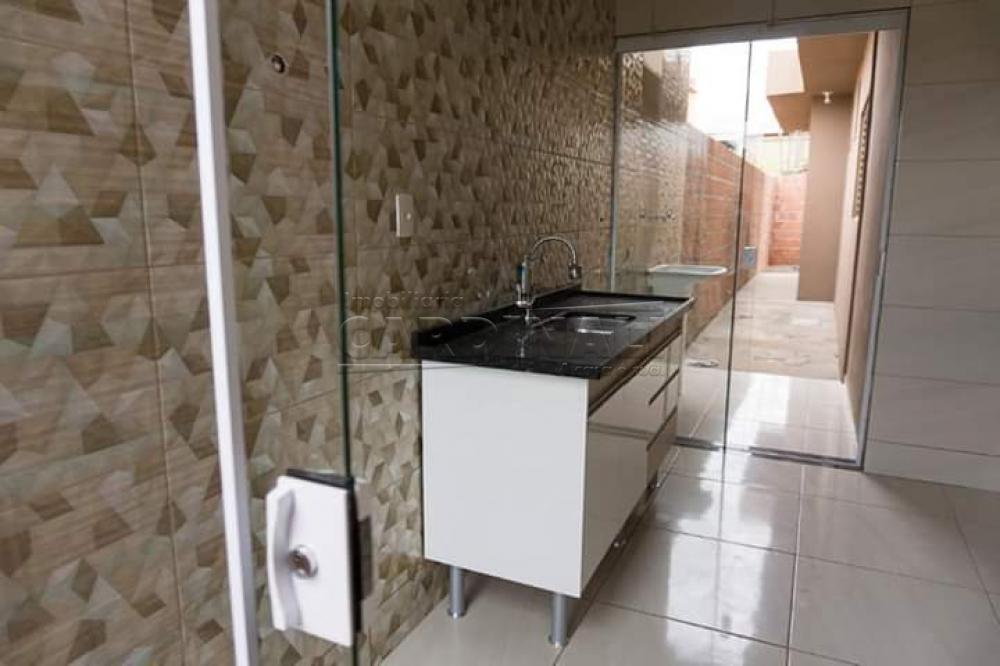 Comprar Casa / Padrão em São Carlos R$ 190.000,00 - Foto 2