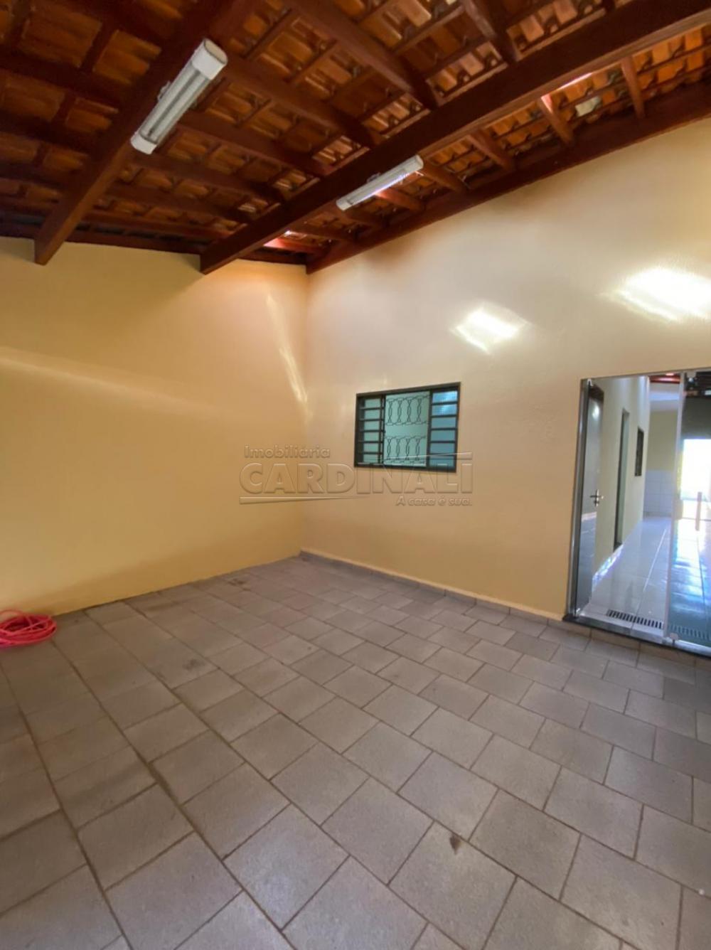 Alugar Casa / Padrão em São Carlos R$ 1.112,00 - Foto 2