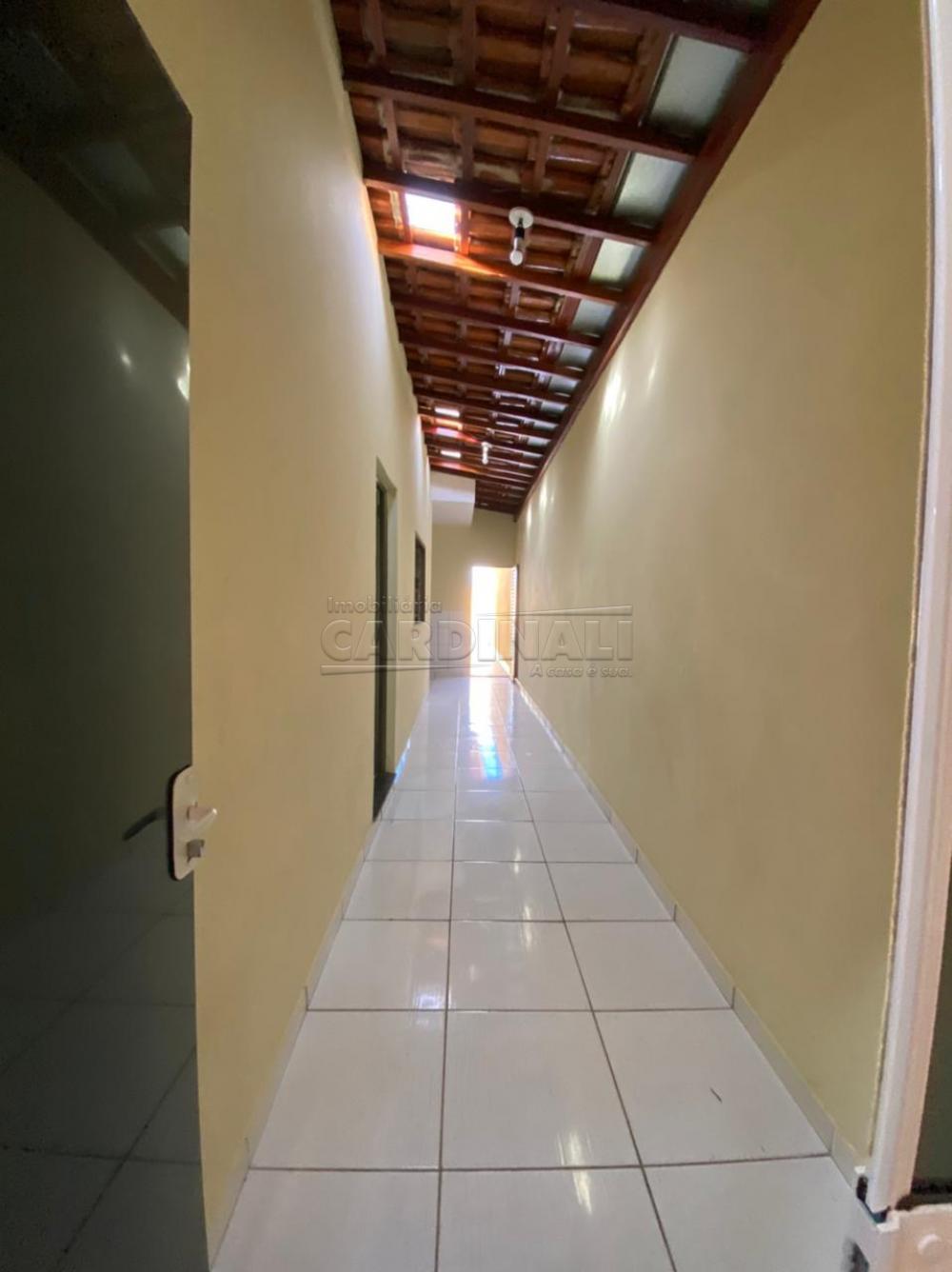 Alugar Casa / Padrão em São Carlos R$ 1.112,00 - Foto 3