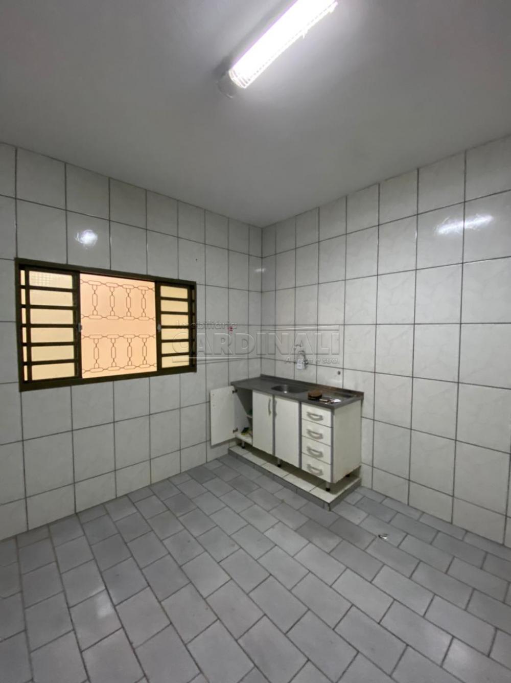 Alugar Casa / Padrão em São Carlos R$ 1.112,00 - Foto 6