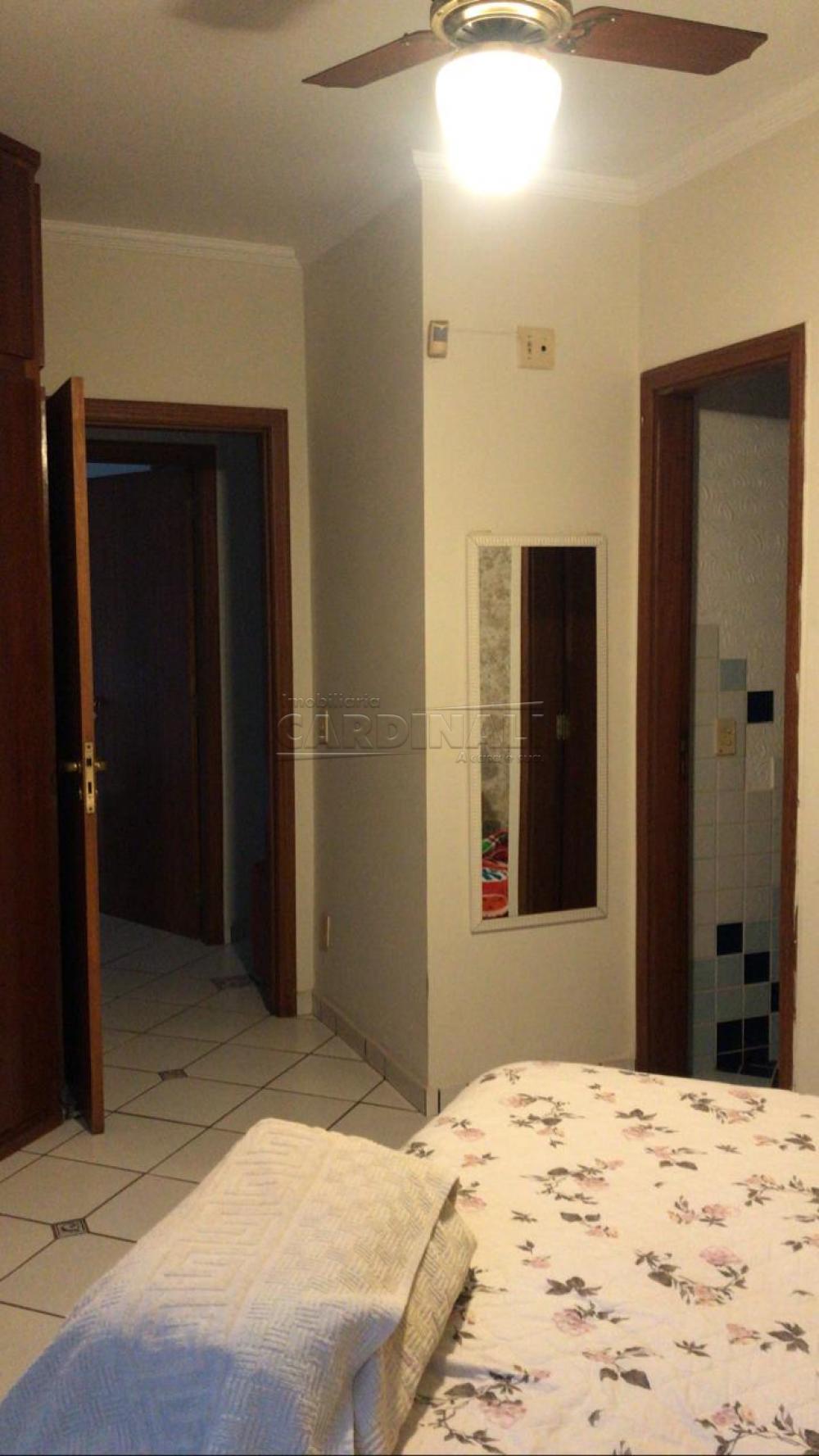 Comprar Casa / Padrão em Araraquara R$ 900.000,00 - Foto 3