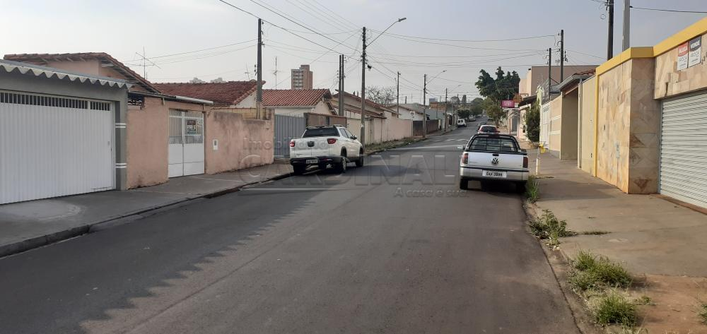 Alugar Casa / Padrão em São Carlos R$ 1.900,00 - Foto 2