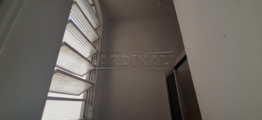 Alugar Apartamento / Kitchnet sem Condomínio em São Carlos R$ 445,00 - Foto 9