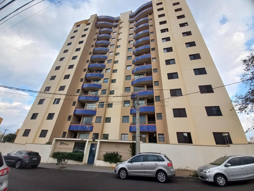 Alugar Apartamento / Padrão em São Carlos R$ 1.278,00 - Foto 1