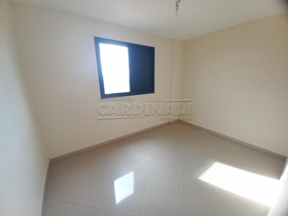 Alugar Apartamento / Padrão em São Carlos R$ 1.278,00 - Foto 4