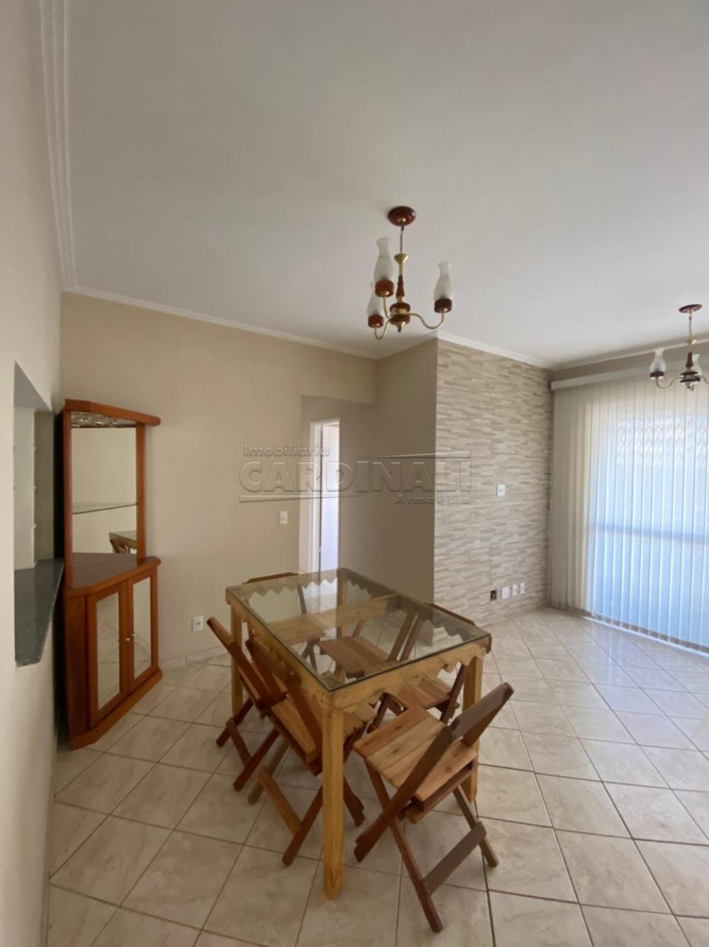 Alugar Apartamento / Padrão em São Carlos R$ 1.667,00 - Foto 2