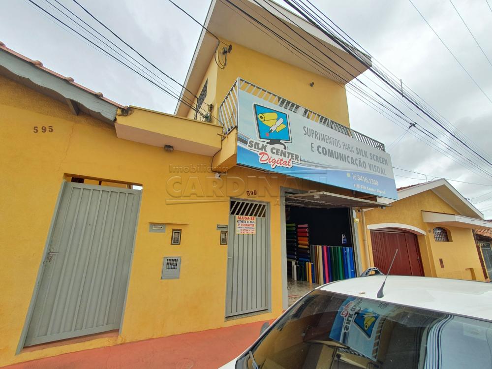 Alugar Apartamento / Kitnet em São Carlos R$ 778,00 - Foto 1