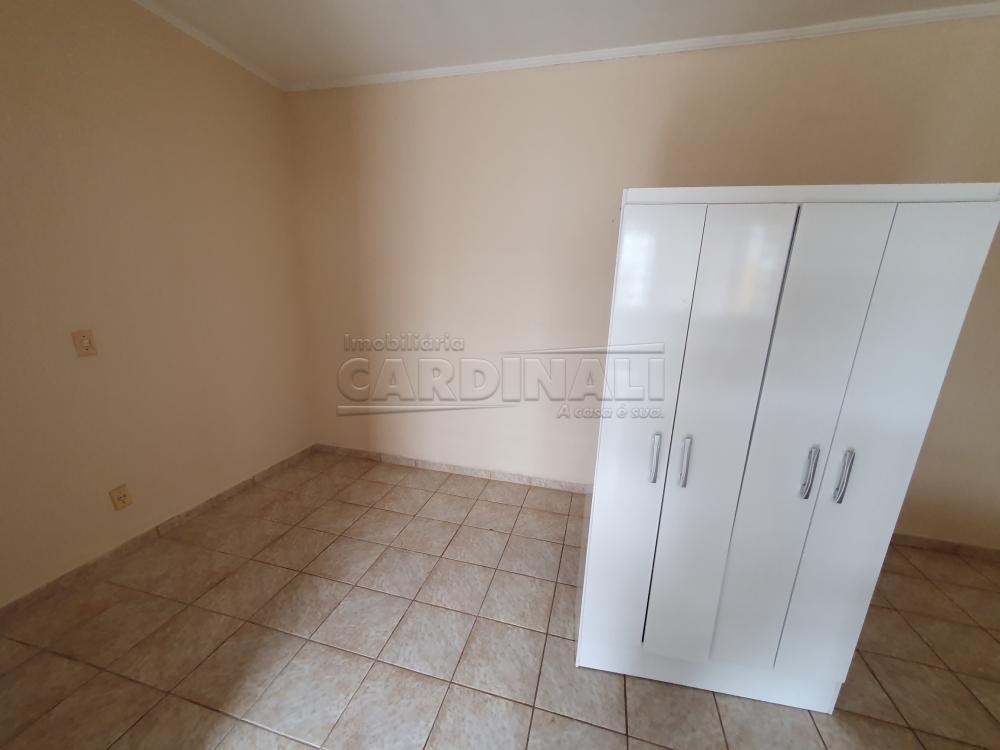 Alugar Apartamento / Kitnet em São Carlos R$ 667,00 - Foto 6