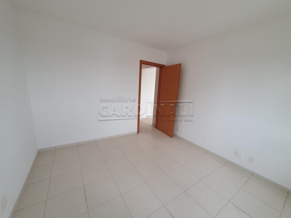 Alugar Apartamento / Padrão em São Carlos R$ 1.000,00 - Foto 10