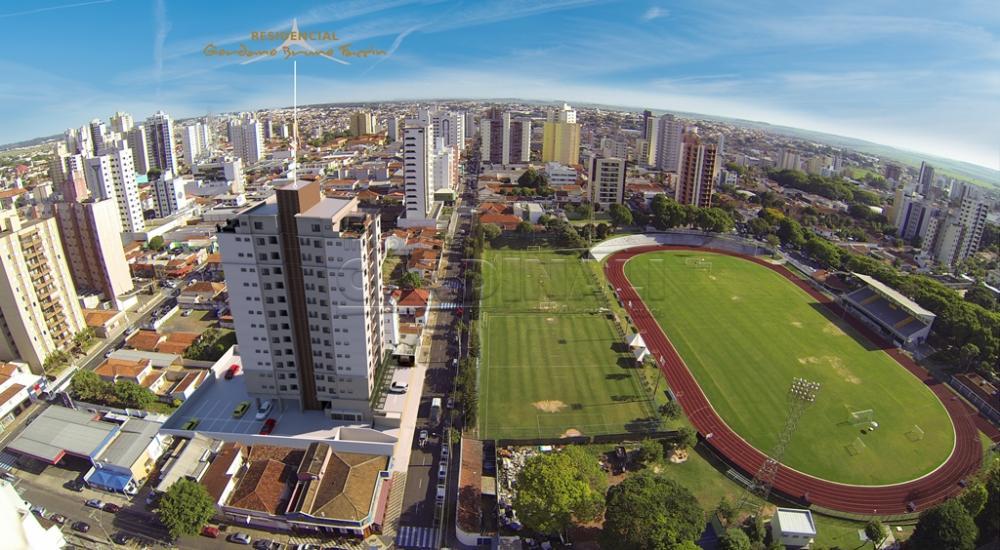 Alugar Apartamento / Padrão em São Carlos R$ 1.800,00 - Foto 57