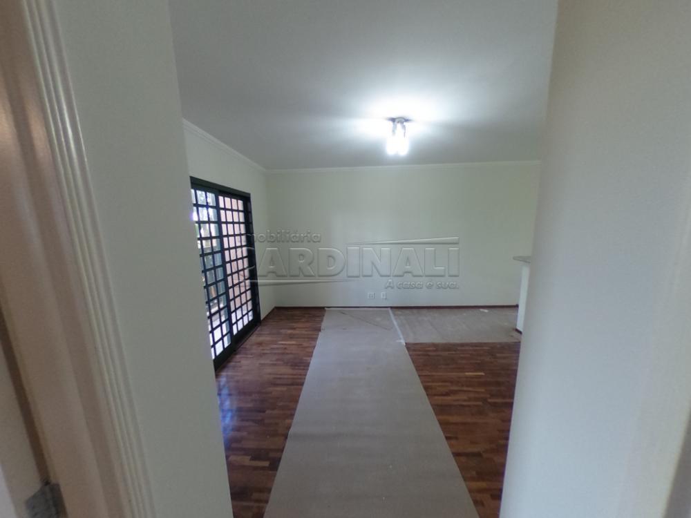 Alugar Apartamento / Padrão em São Carlos R$ 1.300,00 - Foto 11