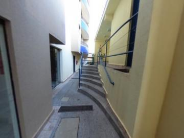 Alugar Apartamento / Padrão em São Carlos R$ 1.278,00 - Foto 11