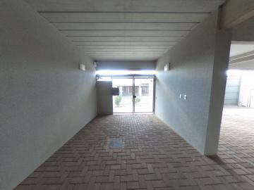 Alugar Apartamento / Padrão em São Carlos R$ 1.056,00 - Foto 33