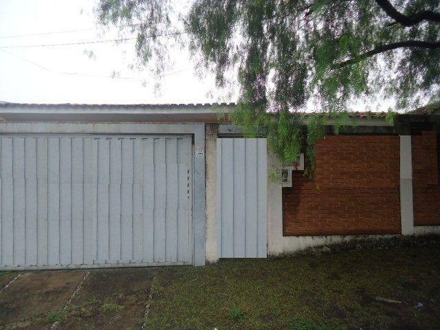 Alugar Casa / Padrão em São Carlos. apenas R$ 1.556,00