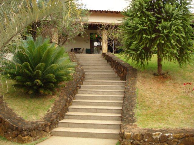 Alugar Casa / Padrão em São Carlos. apenas R$ 2.128.000,00