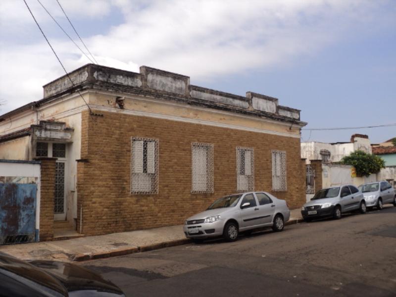 Alugar Casa / Padrão em São Carlos. apenas R$ 1.362.000,00