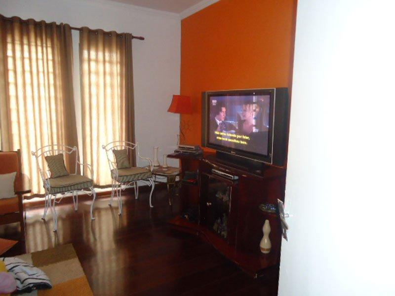 Alugar Casa / Padrão em São Carlos R$ 3.000,00 - Foto 2