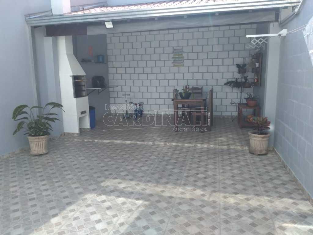 Alugar Casa / Sobrado em São Carlos. apenas R$ 2.000,00
