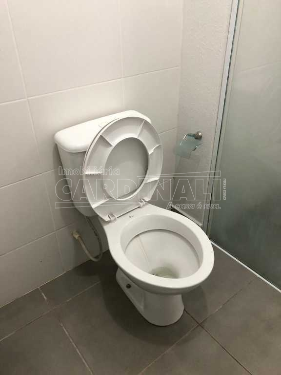 Alugar Apartamento / Padrão em São Carlos R$ 1.056,00 - Foto 18