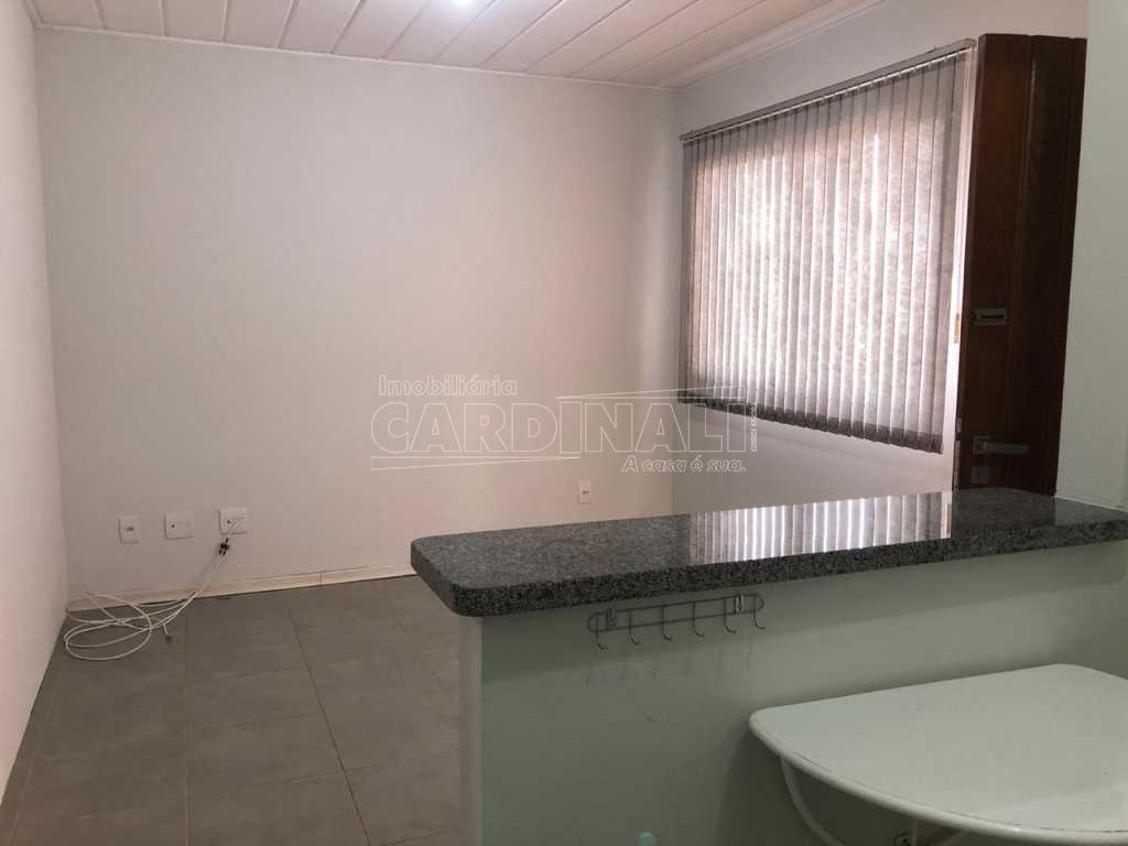 Alugar Apartamento / Padrão em São Carlos R$ 1.056,00 - Foto 22