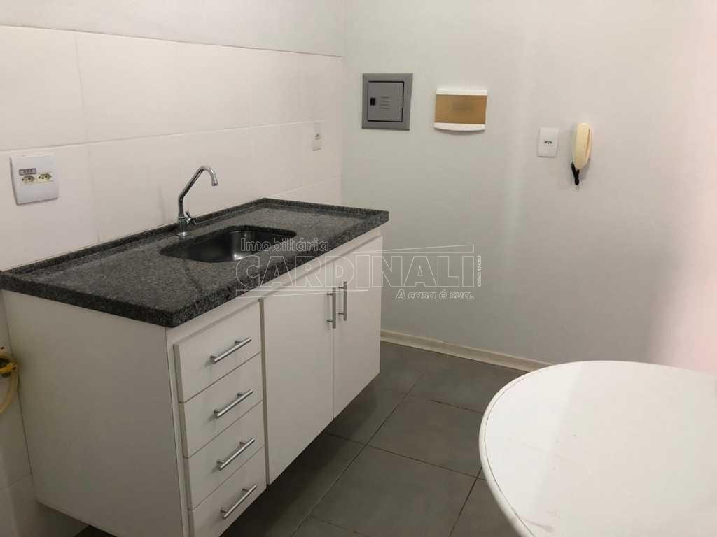 Alugar Apartamento / Padrão em São Carlos R$ 1.056,00 - Foto 24