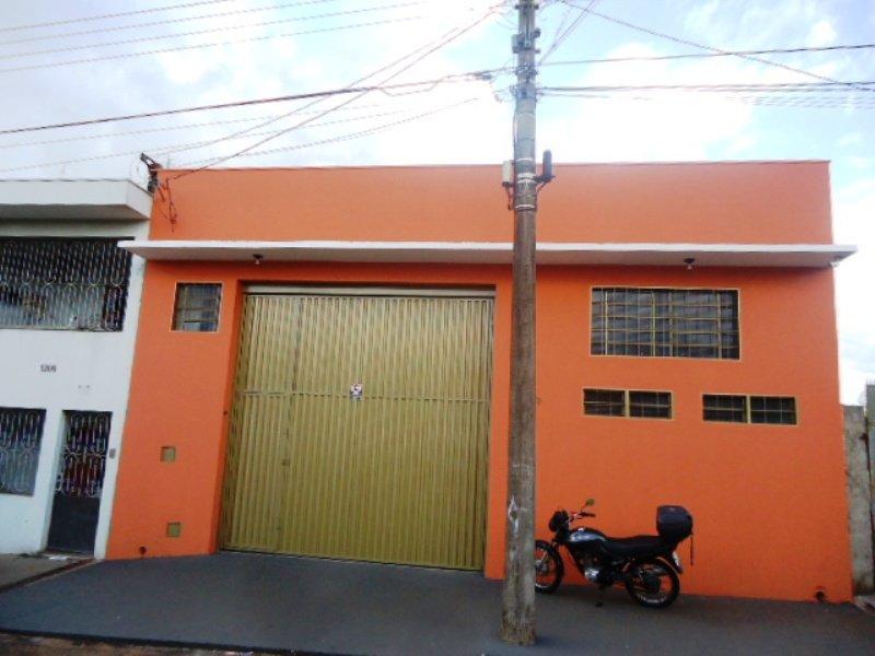 Galpão Comercial na Vila Boa Vista I próximo ao Parque do Bicão em São Carlos