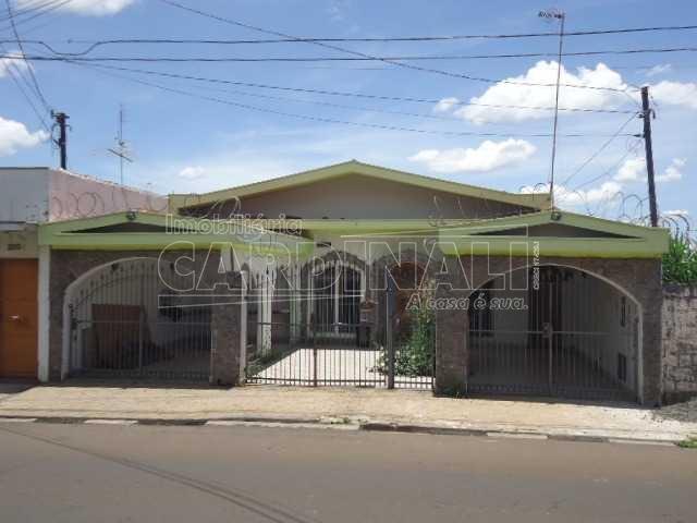 Alugar Casa / Padrão em São Carlos. apenas R$ 580.000,00