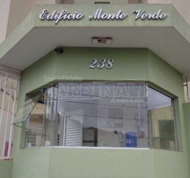 Alugar Apartamento / Padrão em São Carlos. apenas R$ 230.000,00