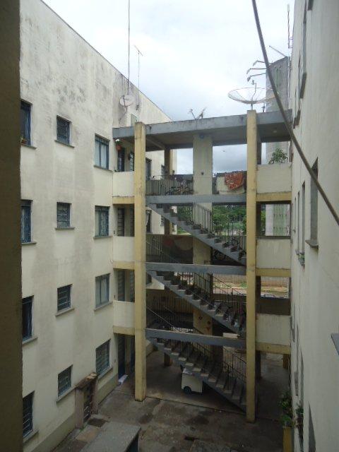 Alugar Apartamento / Padrão em São Carlos. apenas R$ 680,00