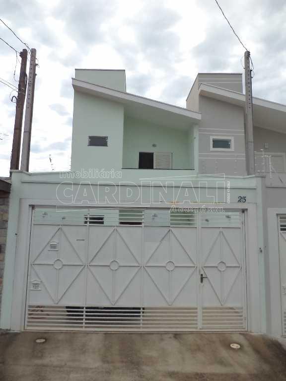 Alugar Casa / Padrão em São Carlos. apenas R$ 1.400,00