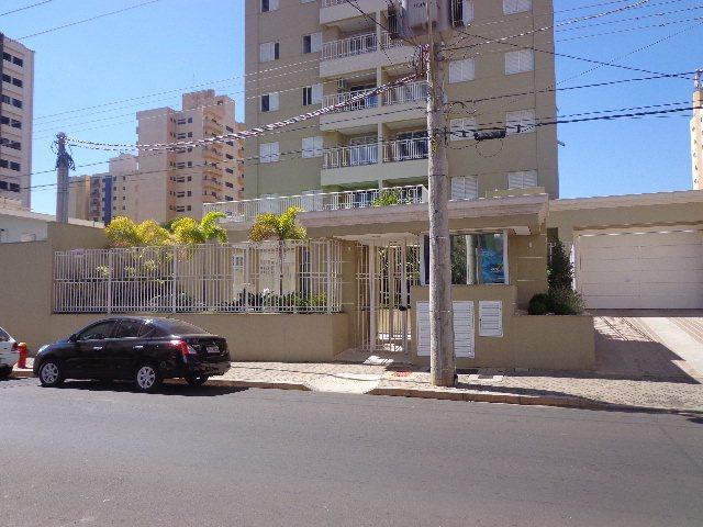 Alugar Apartamento / Padrão em São Carlos. apenas R$ 1.900,00