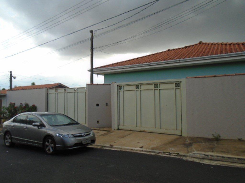 Alugar Casa / Padrão em São Carlos R$ 3.889,00 - Foto 1