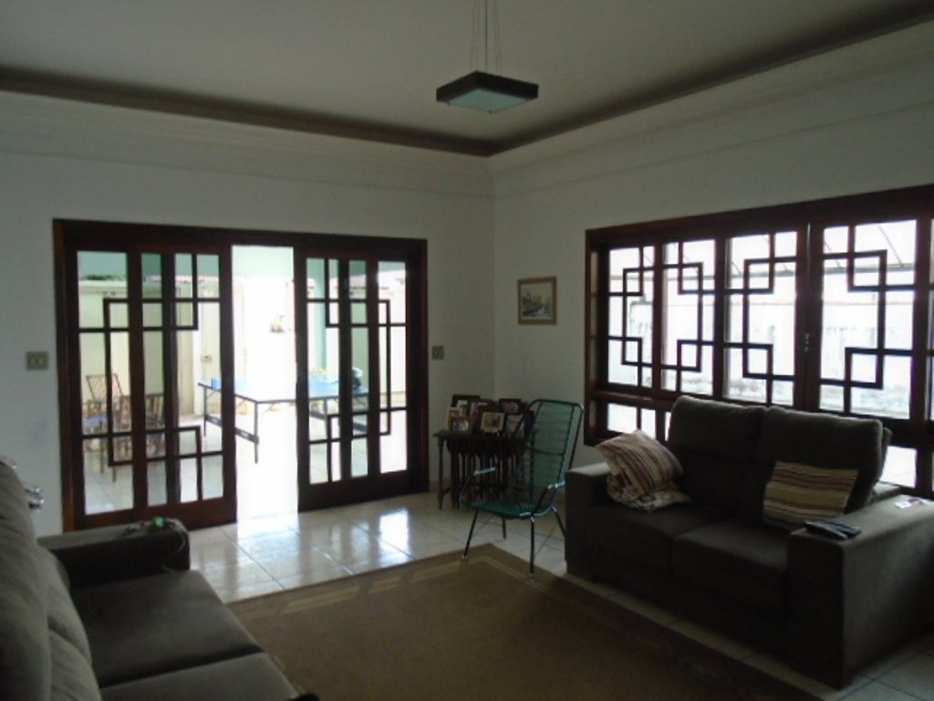 Alugar Casa / Padrão em São Carlos R$ 3.889,00 - Foto 3
